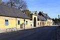 Schloss Hirschstetten Strassenseite.jpg