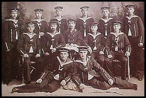 Walther Schwieger - Schwieger (bottom right) in a 1906 group photograph of torpedo division students
