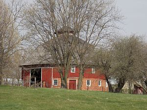"Nebergall ""Knoll Crest"" Round Barn - Image: Scott County, Iowa Round Barn"