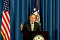 Secretary of Energy Chu in a Tokyo Press Conference (6882690154).jpg