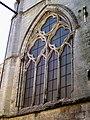 Senlis (60), ancienne église St-Aignan, baie de la chapelle latérale nord du chœur.jpg