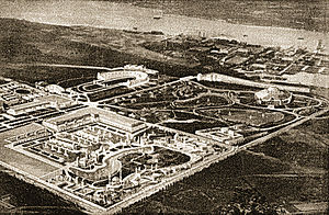 "Sesquicentennial Exposition - ""Bird's Eye"" view of the 1926 Sesqui-Centennial Exposition Grounds"