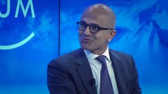 Archivo:Sheryl Sandberg and Satya Nadella - The Fourth Industrial Revolution.webm