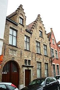 Sint-Jacob, samenstel breed- en diephuis - Moerstraat - Brugge - 29496.JPG