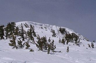 Snow cornice - Image: Snow cornice on San Jacinto Peak