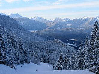 Garmisch Classic - Image: Snowy mountains in Kandahar