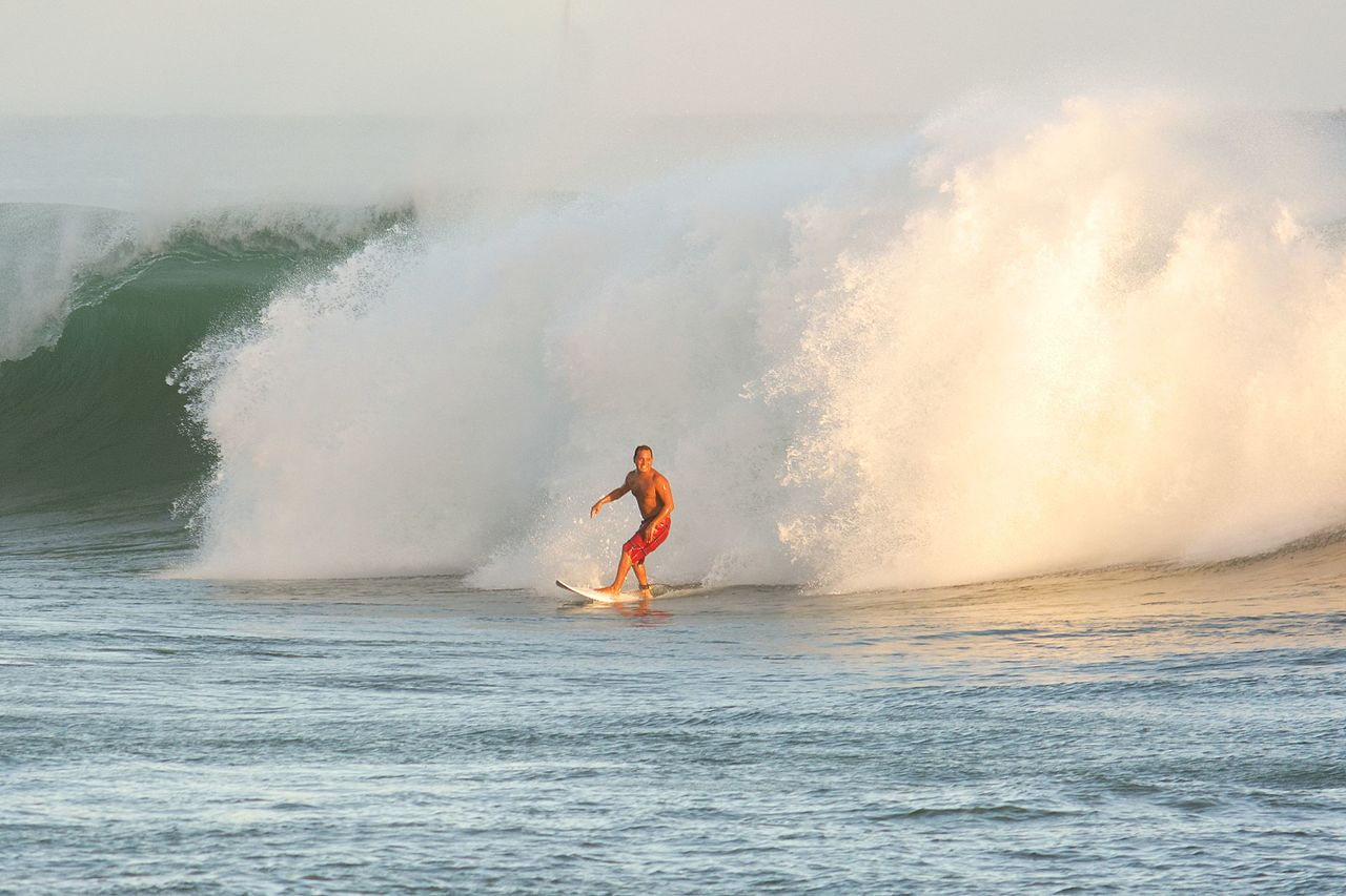 South Swell Surf (6-4-13-6-5-13) - Bowls (9178929331).jpg