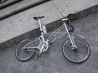 Moulton Bicycle - Modern Moulton