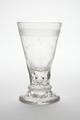 Spetsglas med strödda graverade stjärnor, från omkring 1800 - Skoklosters slott - 93508.tif