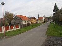 Spojil CZ main street towards NE 007.jpg
