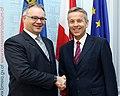 StS Lopatka trifft Regierungschef von Liechtenstein, Klaus Tschütscher (8382203711).jpg
