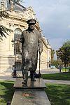 Statue Churchill Petit Palais Paris 1.jpg