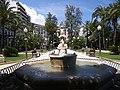 Statue sur la explanada de espana - panoramio.jpg