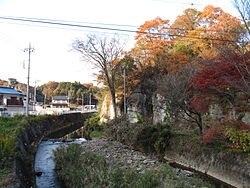 Sugatagawa river at Ōya, Utsunomiya city, Tochigi prefecture.JPG