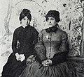 Suzanne Valadon et Jeanne Wenz (a) (c 1890) photo Francois Gauzi.jpg