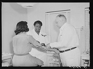 Wassermann test - Administration of a Wassermann test at a clinic for Florida migratory farm workers in 1941.