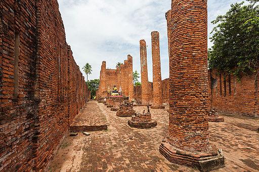 Templo Thammikarat, Ayutthaya, Tailandia, 2013-08-23, DD 08