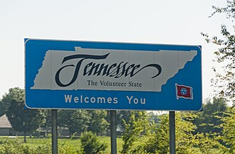 Interstate 65 in Tennessee - Interstate 65 Southbound crossing from Kentucky to Tennessee.