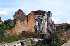 The Amphitheatre of Santa Maria Capua Vetere 009.jpg