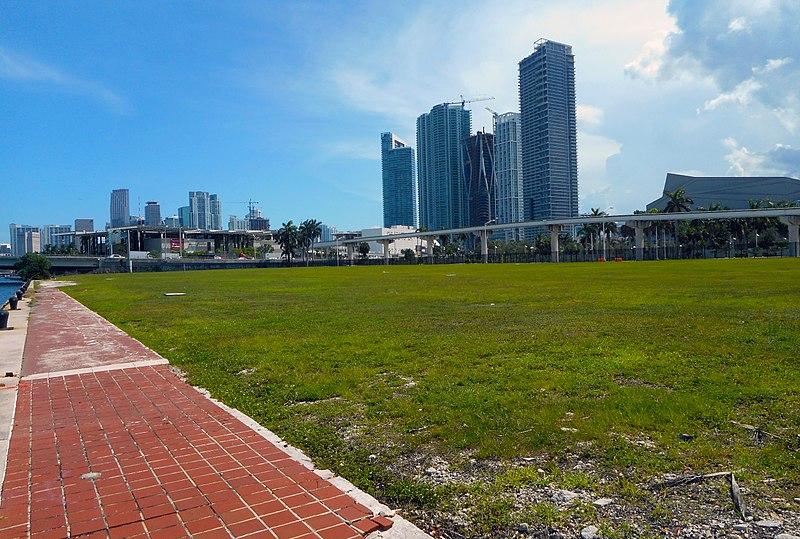 The Miami Herald - Former Site in Downtown Miami 01.jpg