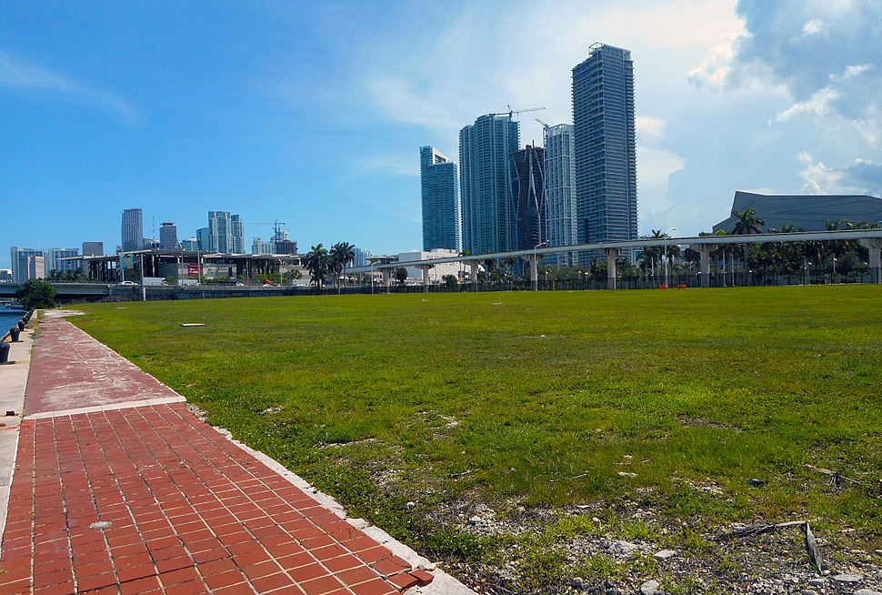 The Miami Herald - Former Site in Downtown Miami 01