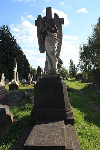 Kensal Green Cemetery - The grave of Henry Howard, 3rd Earl of Effingham, Kensal Green Cemetery