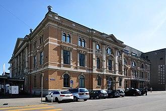 Tonhalle, Zürich - Exterior