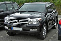 Toyota Land Cruiser J200 przed liftingiem