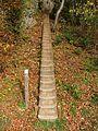 Treppe zum Findling - panoramio.jpg