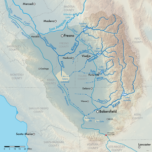 Tulare Lake - Map of the Tulare Lake hydrologic region, including aqueducts and dry lake beds.