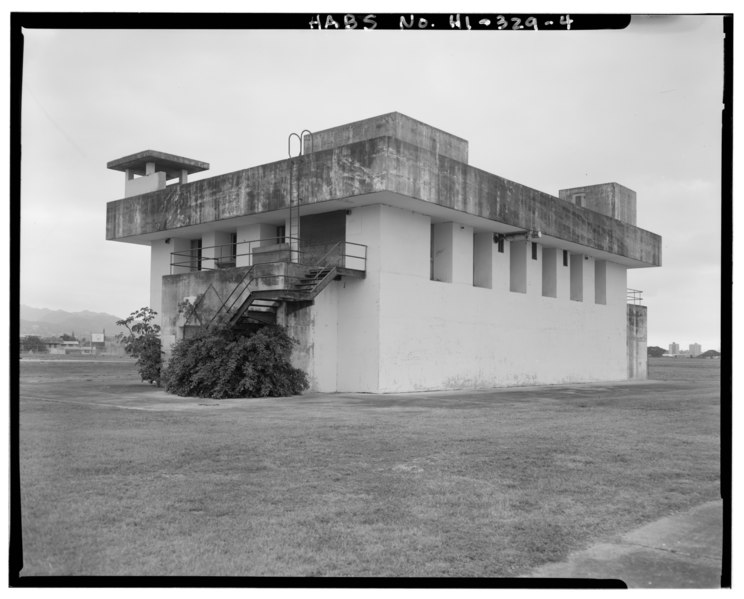 File:U.S. Naval Base, Pearl Harbor, Fallout Shelter, West end of Hancock Avenue, Pearl City, Honolulu County, HI HABS HI,2-PEHA,138-4.tif