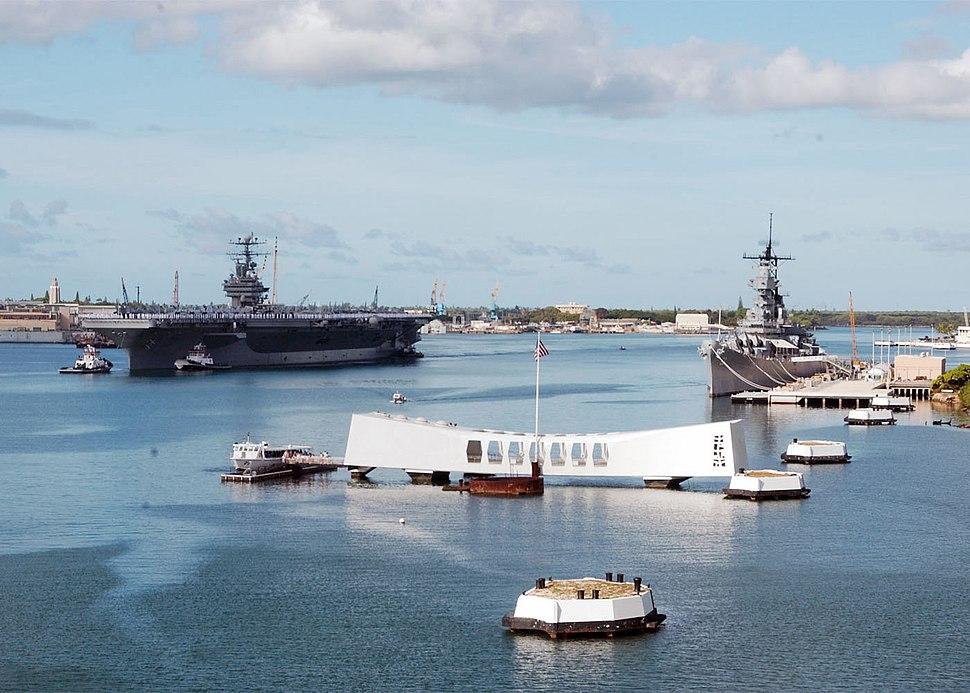 USS Abraham Lincoln (CVN-72) manning rails for USS Arizona