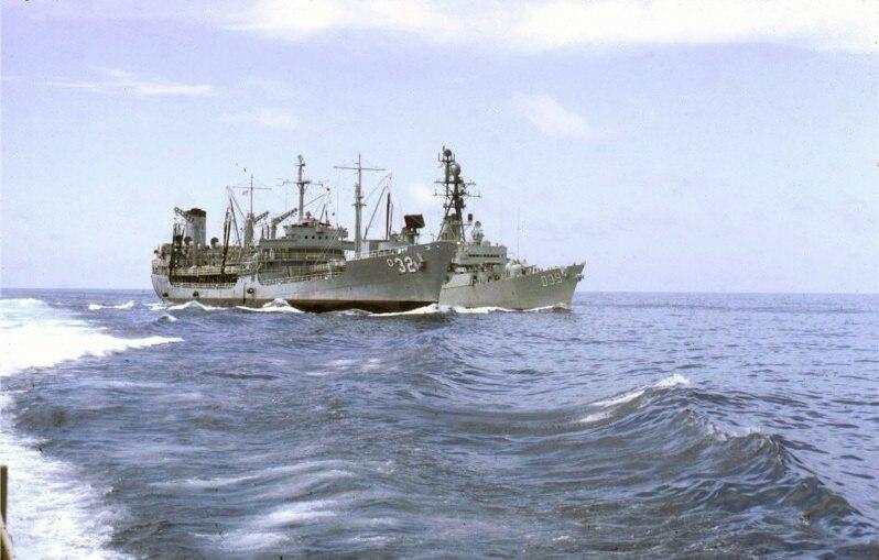 USS Guadalupe (AO-32) refuels HMAS Hobart (D39) off Vietnam in 1967