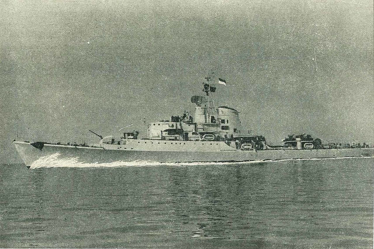 Indonesian Clemente-class destroyer