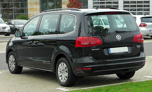 VW Sharan II 2.0 TDI BlueMotion Technology Comfortline rear 20101002