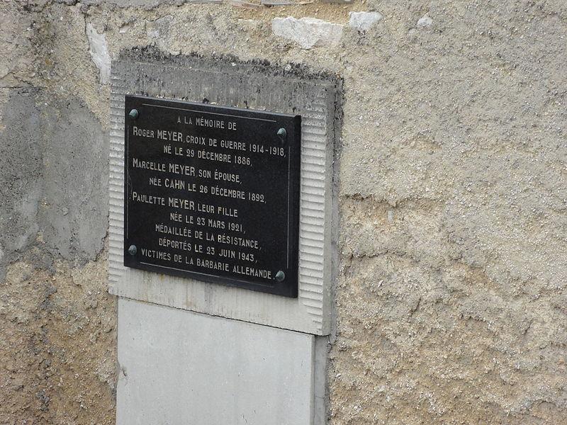Vaucouleurs (Meuse) cimetière juif, plaque, famille de resistants déportés