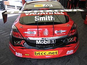 Vauxhall Astra VXR Touring Car - Flickr - robad0b.jpg