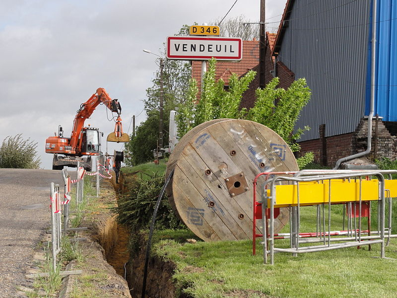 Vendeuil (Aisne) city limit sign