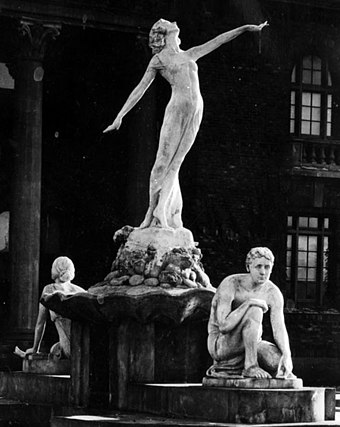 Loy modeled for the central figure in Harry Fielding Winebrenner's Fountain of Education, a sculpture at Venice High School in Los Angeles (1922)