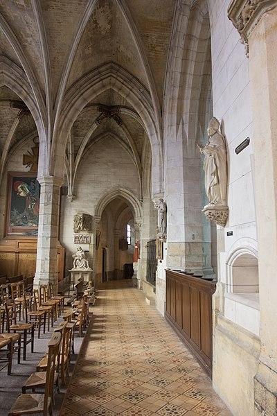 File:Verneuil-sur-Avre - i3390 - Bas-coté Nord du chœur.jpg