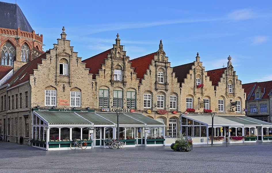 Veurne (Belgium): houses Grote Markt 30-34