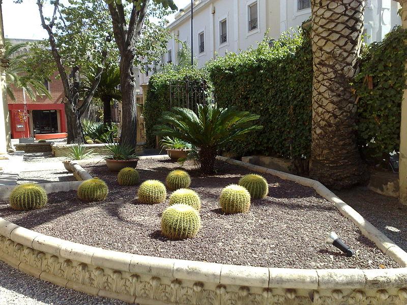 File villa genoese zerbi garden detail reggio calabria for Courtyard landscape oostburg wi