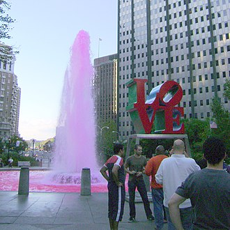 LOVE Park - The LOVE Park fountain in October 2009