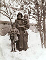 Widow Vartuhi Bedrosyan with her children.jpg