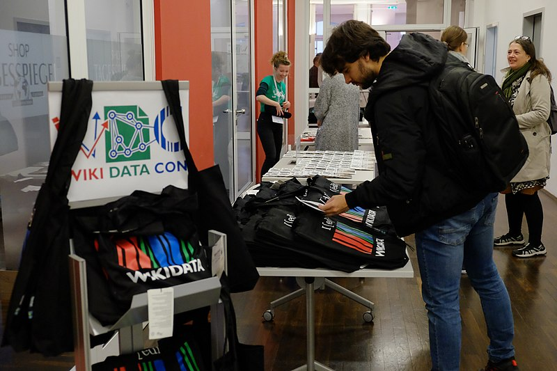 WikidataCon 2017 registration 3.jpg