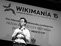 Wikimanía 2015 - Day 4 - Luis von Ahn conference - LMM (34).jpg