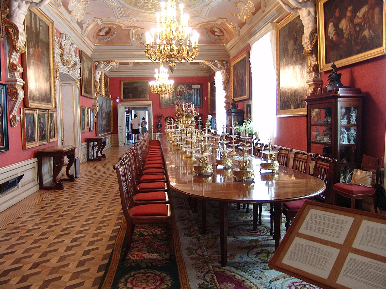 Wilanow dining room.JPG
