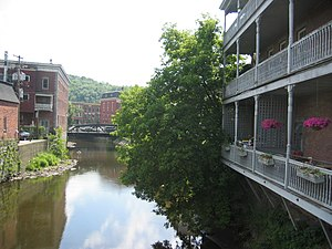 Winooski River through downtown Montpelier Vermont 2008.jpg