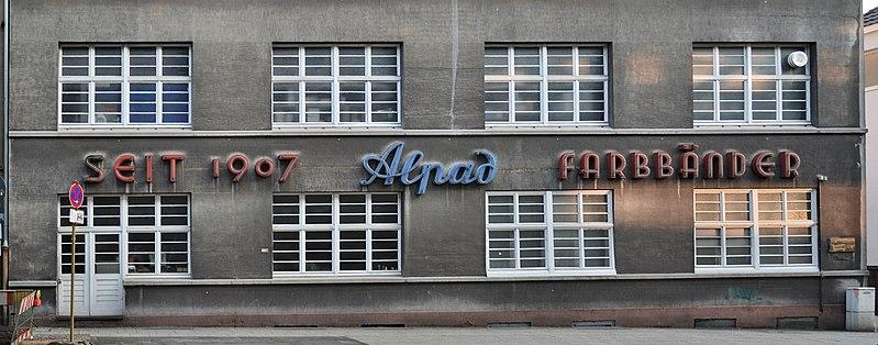 File:Wuppertal-100508-12957-Alpad.jpg