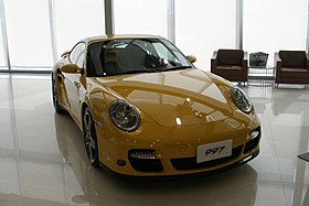 Yellow Porsche 997 Turbo (Bangkok).jpg